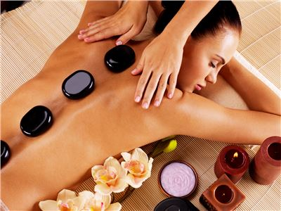 Hot Stone Massage in der Salzgrotte ca. 60 Min.
