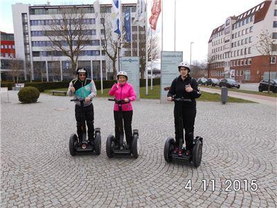 Valentinstag Segway Tour Bremen-Überseestadt